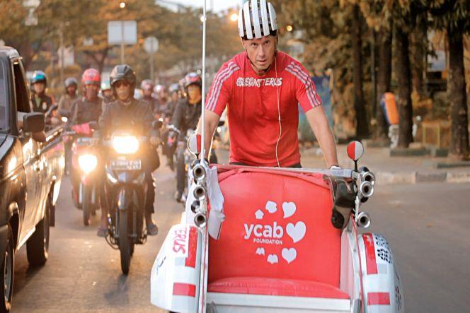 #BecakTerus - Narik Becak Aceh-Jakarta untuk Amal