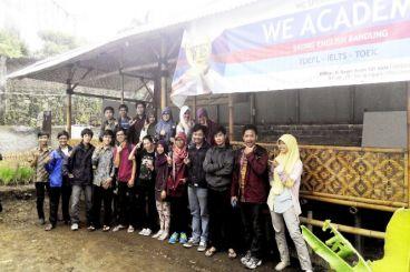 Free TOEFL & Beasiswa bagi Pemimpin Muda Bandung