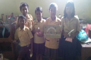 Berbagi Seragam 2016 Gratis di Semarang