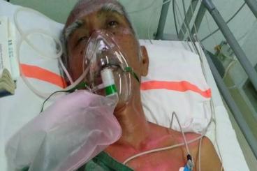 Bantu Pak  Barjo pensiunan Guru melawan stroke