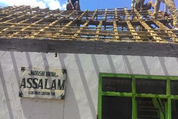 Renovasi Madrasah Assalam - tmpt mengaji & tarawih