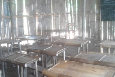 Perpustakaan Untuk SD Mapitara - Kabupaten Sikka