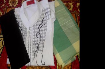 Berbagi Baju Lebaran Untuk 25 Imam Mushola&Masjid