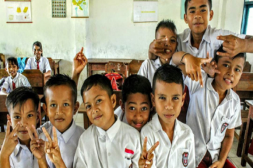 THR untuk siswa di Wakatobi