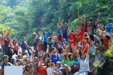 Perpustakaan dan Sekolah Rakyat Bhinneka Ceria