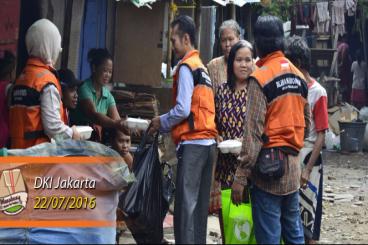 MENABUNG : Menebar Nasi Bungkus untuk Orang Baik