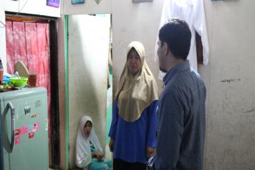 Bantu Janda Suwaidah menghidupi keempat anaknya!