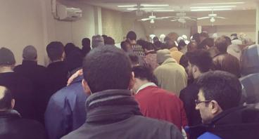 Bantu Muslim Seville Memiliki Masjid