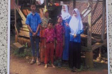 Bantu Janda Beranak 10, 2 Tahun Tanpa Rumah