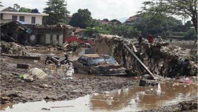 #ILUNIUIPeduli Banjir Garut