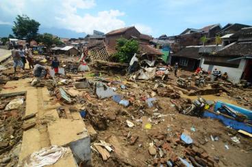 Yuk Bantu Korban Banjir Kab. Garut