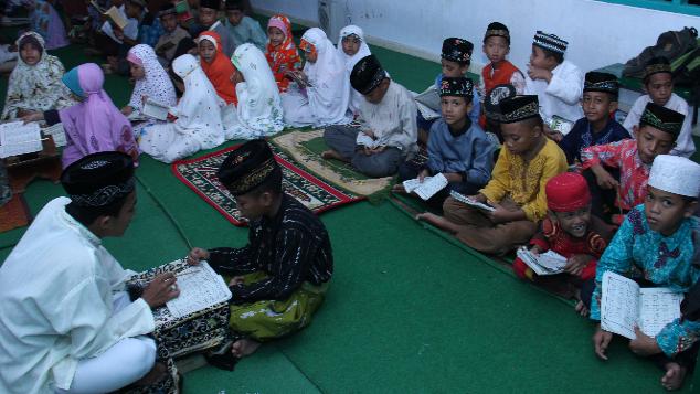 Wakaf Al Qur'an untuk masyarakat Pulau Bali