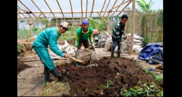 Ultah ke-3 Burgreens untuk Petani Lokal YUM
