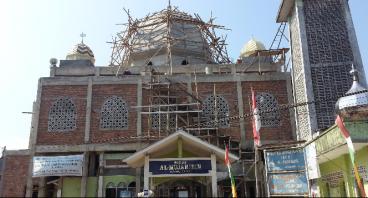 Bantu Selesaikan Renovasi Masjid Jami Al Mujahidin
