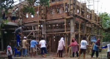 Bantu Lanjutkan Pembangunan Masjid dan Ruang TPA
