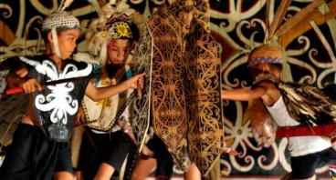 Bantu MUALAF : Khitanan Massal 1000 Mualaf