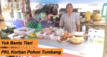 Bantu Bu Tiari PKL Korban Pohon Tumbang di Malang