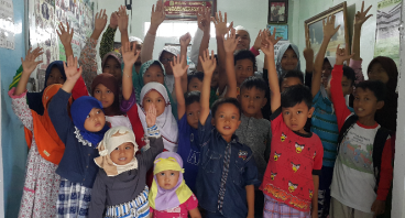 Pesantren dan Madrasah Yatim