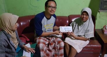 Bantu lunasi Hutang Ibu Siti Sulanjari