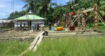 Pembangunan Mesjid untuk Suku Lokal Di Papua Barat