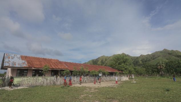 Selamatkan Semangat Belajar Anak-Anak Pulau Salura