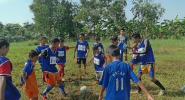 Dukung Sekolah SepakBola Gratis - YayasanGanesport