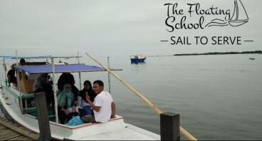 Kapal Untuk Sekolah Terapung