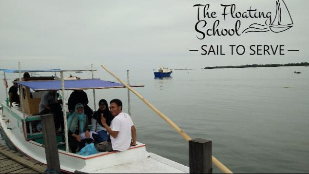 Kapal Untuk Sekolah Terapung.