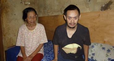 Bantu Ibu Isur, Anaknya Mengidap Down Syndrome