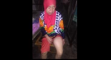Bantu Ibu Suriah yang Tak Mampu Berjalan