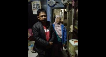 Bantu Ibu Nyai Miliki Etalase Jualan