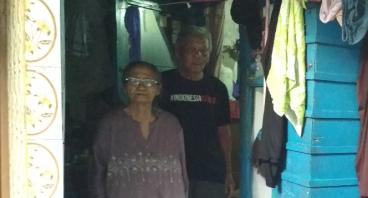 Bantu Pasangan Lansia Untuk Hidup Layak