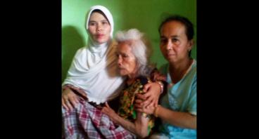 Bantu Nenek Entin Untuk Berobat