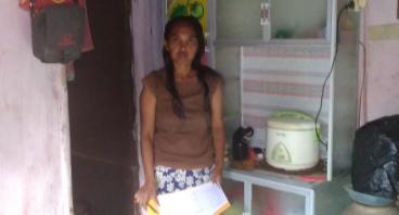 Bantu Ibu Mujiati Membuat Tempat Servis