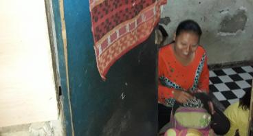 Rumah Parasit Bu Uli Demi Anak-anak Bisa Tidur