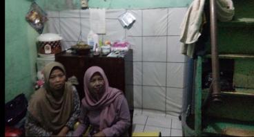 Modal Usaha untuk Janda Titi Penjual Bala-Bala