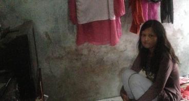 Bantu Keluarga Atin Punya Rumah Layak Demi Anak