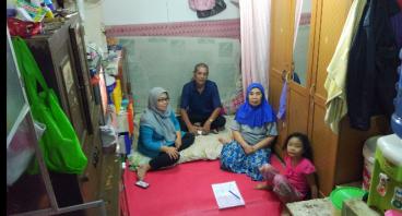 Usaha Cilok dan Seblak, Bantu Nenek Apon Yuk