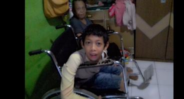 Modal Usaha Untuk Sekolah Daud Yang Disabilitas