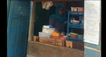 Wujudkan Keinginan Ceu Eti Renovasi Rumah Bocornya