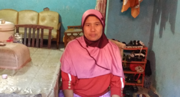 Bantu Ibu Apong Membuka Kembali Usahanya