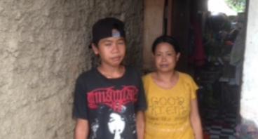 Bantu  Ibu Yayah Dan Anaknya Dapatkan Rumah Layak
