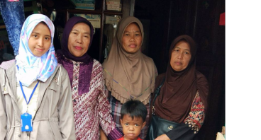 Bantu Janda Cartika Buka Warung untuk 3 anaknya