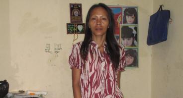 Bantu Ibu Supartini Membuka Usaha Jualan Seblak