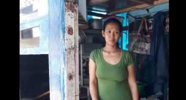 Bantu Ibu Lina Berjualan dan Renovasi Kios