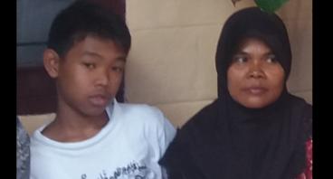 Bantu Ibu Siti Membuka Usaha Jahit
