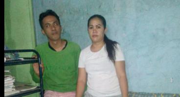Bantu Bapak Iyus Hidupi Keluarga Dengan Berjualan