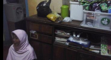 Bantu Usaha Warung Istri Pak Sugiman Untuk Hidup