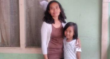 Bantu Modal Bu Mimin untuk 2 Anaknya Sekolah