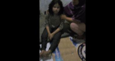 Bantu Nina, Anak Angkat Pak Iwan yang Cacat Kaki
